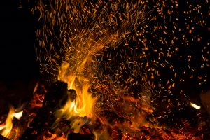 Celebrate the iFestival evenings with music around a bonfire. Network and enjoy. title=iBon Fire